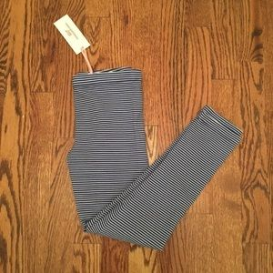 Girls NWT Vineyard Vines Striped Leggings